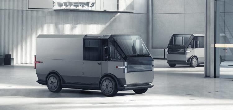 Стартап Canoo показав свій електричний фургон для служб доставки