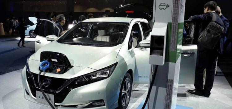 Японія планує повністю перейти на електромобілі до 2030 року