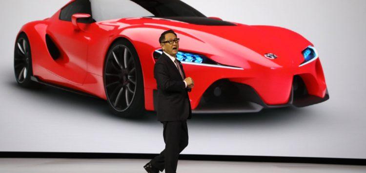 Toyota готує революційний твердотільний акумулятор
