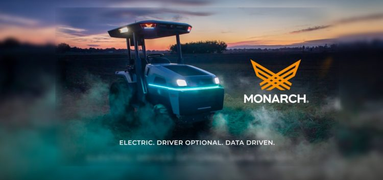 Навіть трактори отримують електротягу і автопілот