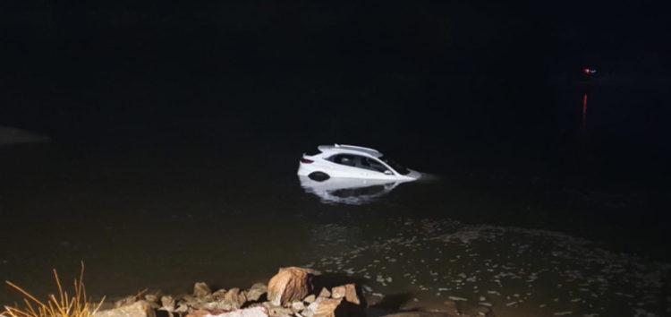 Поляк заїхав у річку по навігації