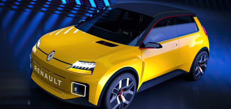 Renault показала маленький електромобіль, який присвятили моделі R5