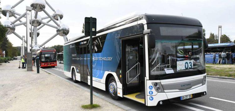 На дорогах Франкфурта тестують водневий автобус