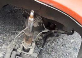 Заміна пильовика амортизатора Mercedes A 901 323 01 98 на Mercedes-Benz Sprinter 2,3 (відео)
