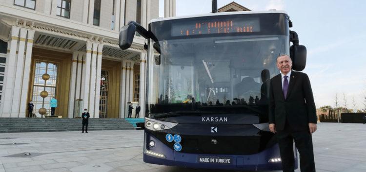 В Туреччині протестували безпілотний автобус Atak Electric