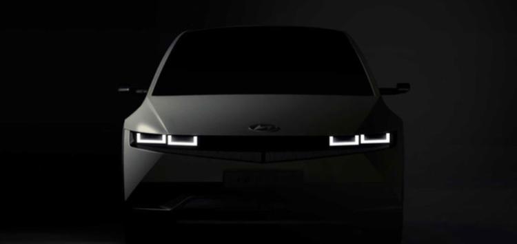 Hyundai показав інтер'єр електрокару Ioniq 5