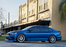 Volkswagen представив ексклюзивну версію Jetta GLI
