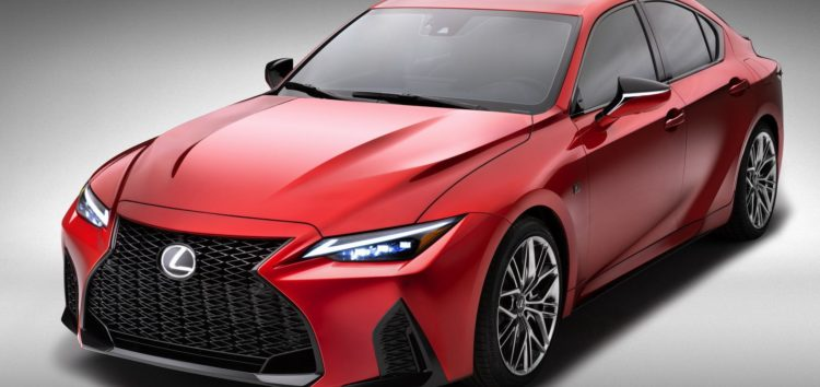Lexus показав заряджену новинку IS 500 F Sport Performance