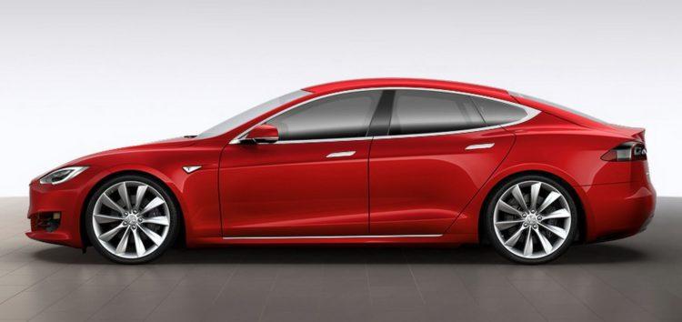 Показали яким буде електромобіль Тесла за 25 тисяч доларів