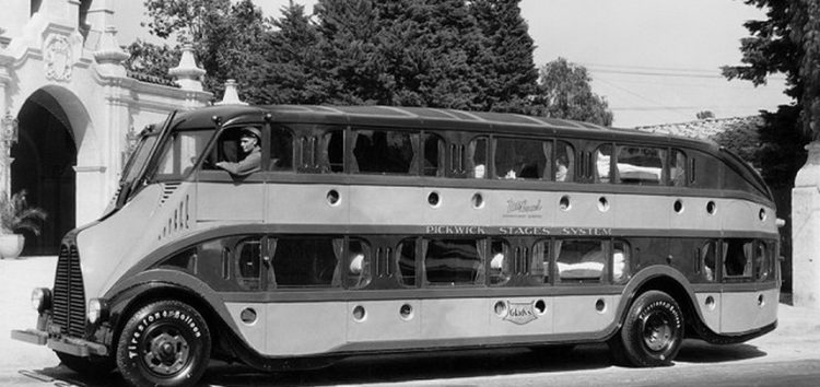 Автобус-готель Pickwick Nite Coach