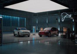 Ford представив серію відеороликів, де показані переваги нового електромобіля (відео)