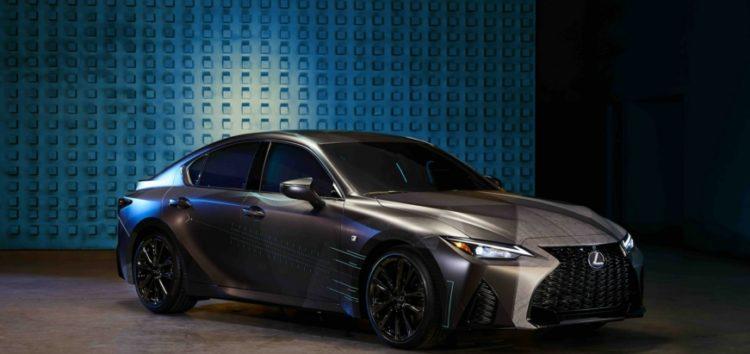 Lexus показав геймерський автомобіль IS
