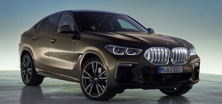 BMW показала салон нового X6