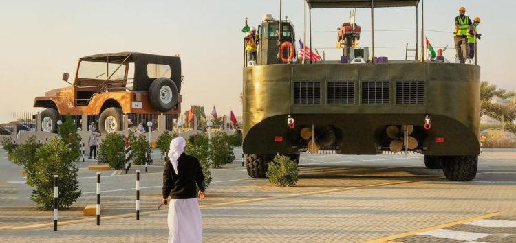 Найбільший всюдихід привезли в ОАЕ
