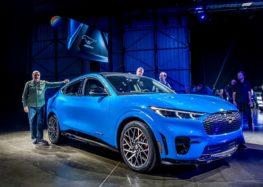 Ford теж збільшить інвестиції в електро та робомобілі