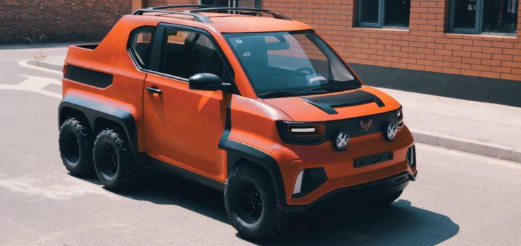 Китайці створили дивний шестиколісний автомобіль