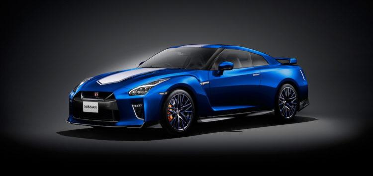 Nissan зробить R35 GT-R з м'яким гібридом