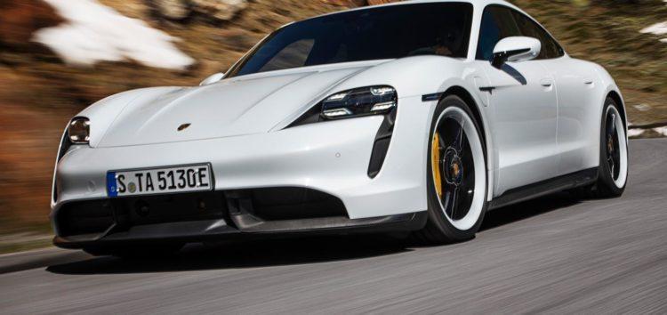 Автомобілі Porsche Taycan отримали нове програмне забезпечення