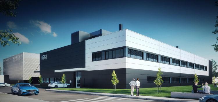 """Mercedes-AMG починає будівництво """"технікуму"""" для електромобілів"""
