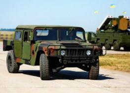В Україну завезли потужні позашляховики