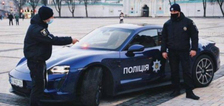 По Києву їздив поліцейський Porsche