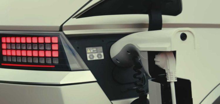 Hyundai Ioniq 5 заряджає батарею за 16 хвилин