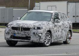 BMW тестує новий кросовер iX1