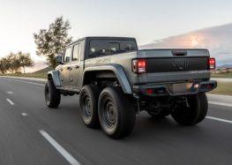 Jeep Gladiator представив екстремальну версію 6 х 6