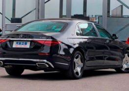 Випустили бюджетну версію Mercedes-Maybach S-Class
