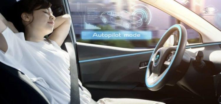 У Великобританії можуть дозволити безпілотні авто вже до кінця цього року