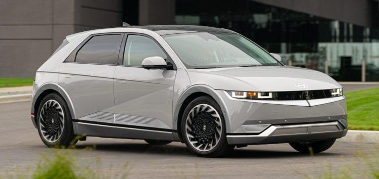 Hyundai припиняє випуск машин з ДВЗ