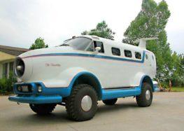 Jeep Cherokee перетворили на пасажирський літак