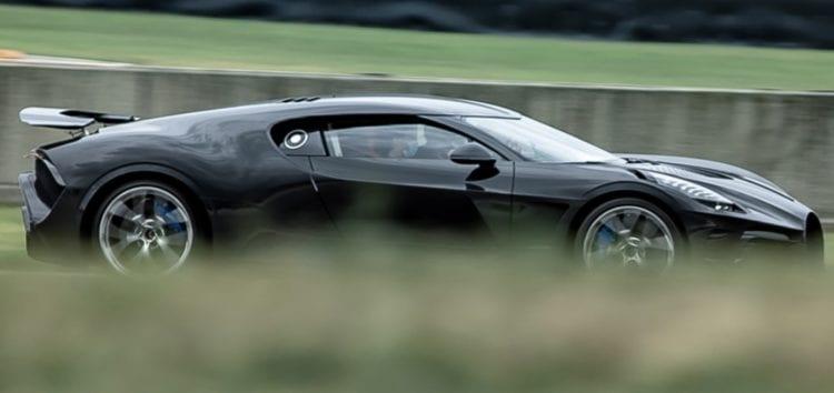 Bugatti La Voiture Noire виїхав на тести