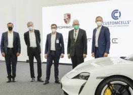 Porsche вироблятиме потужні кремнієві батареї для електромобілів