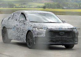 Ford тестує новий крос-седан