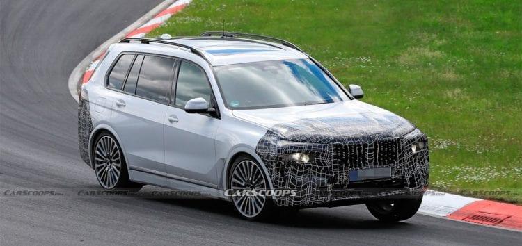 BMW випробовує оновлений X7