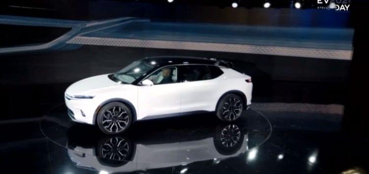 Chrysler представить перший електрокросовер