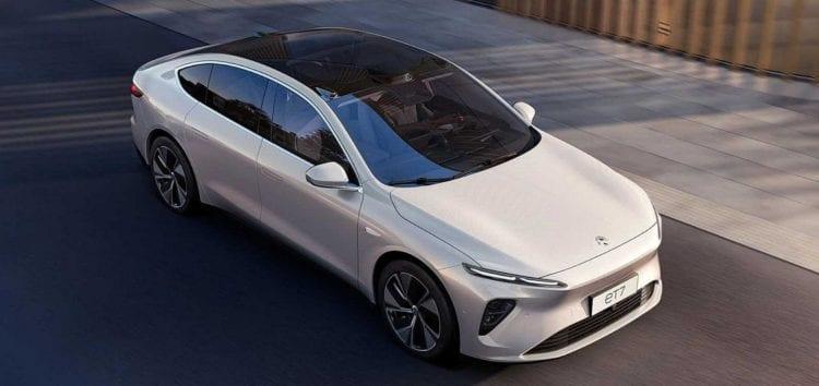 Китайського «вбивцю» Tesla вперше зняли наживо