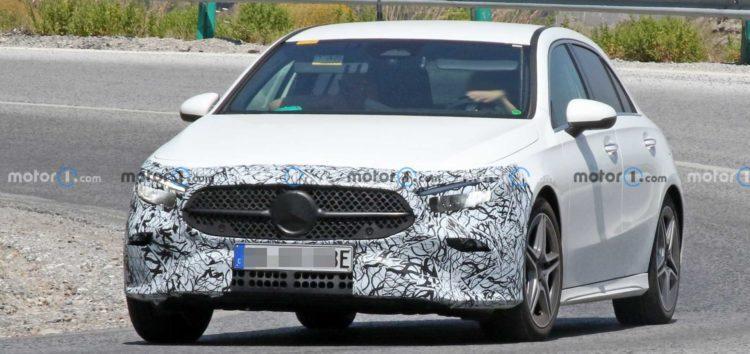 Показали фото оновленого Mercedes A-Class