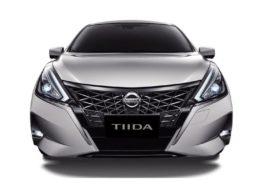 Nissan показала оновлену версію Nissan Tiida