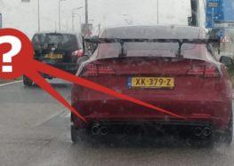 У Нідерландах помітили Tesla з вихлопними трубами