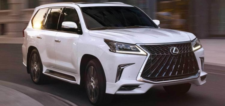 Lexus LX отримає нову топову версію