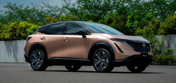 Електрокросовер Nissan Ariya зробили без фізичних кнопок