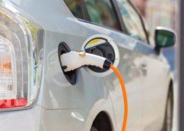 Нові батареї зможуть збільшити пробіг електрокарів до 500 км