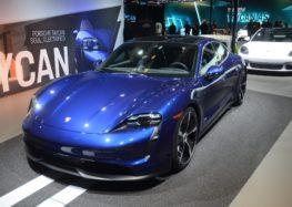Porsche презентує позашляхову версію седану Taycan