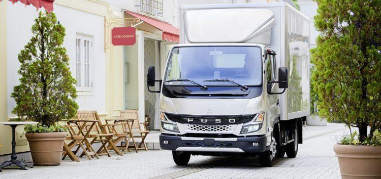 На європейському ринку починаються продажі нового FUSO Canter