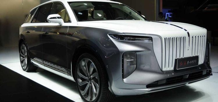 Компанія Hongqi представила копію Rolls-Royce Cullinan