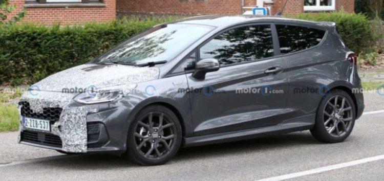 Шпигуни спіймали новітній Ford Fiesta