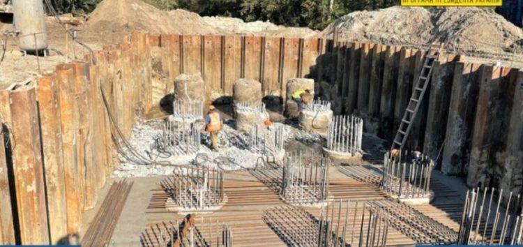 Дорожні служби продемонстрували будівництво унікальної естакади