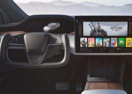З'ясувалося, що новий штурвал Tesla незручний і небезпечний